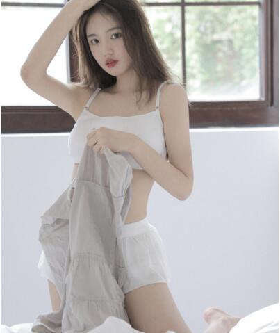 【乌龙阁】日本人jizzjizzz视频被公开 男和女洗澡一边洗一边摸也能看了吗