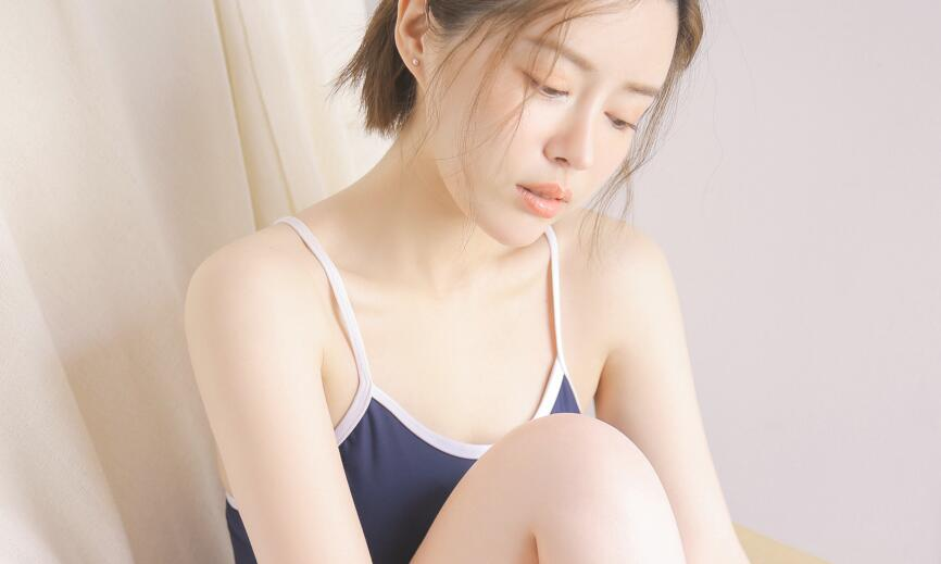 【热】男人狂摸女子小肌肌gif动态照片  遭流出画面太不雅
